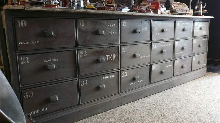 Meubles Anciens En Pin Top Meuble Lavabo Ancien On Decoration D